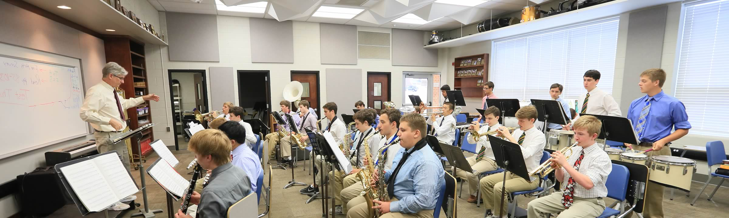 featured_academics_band1